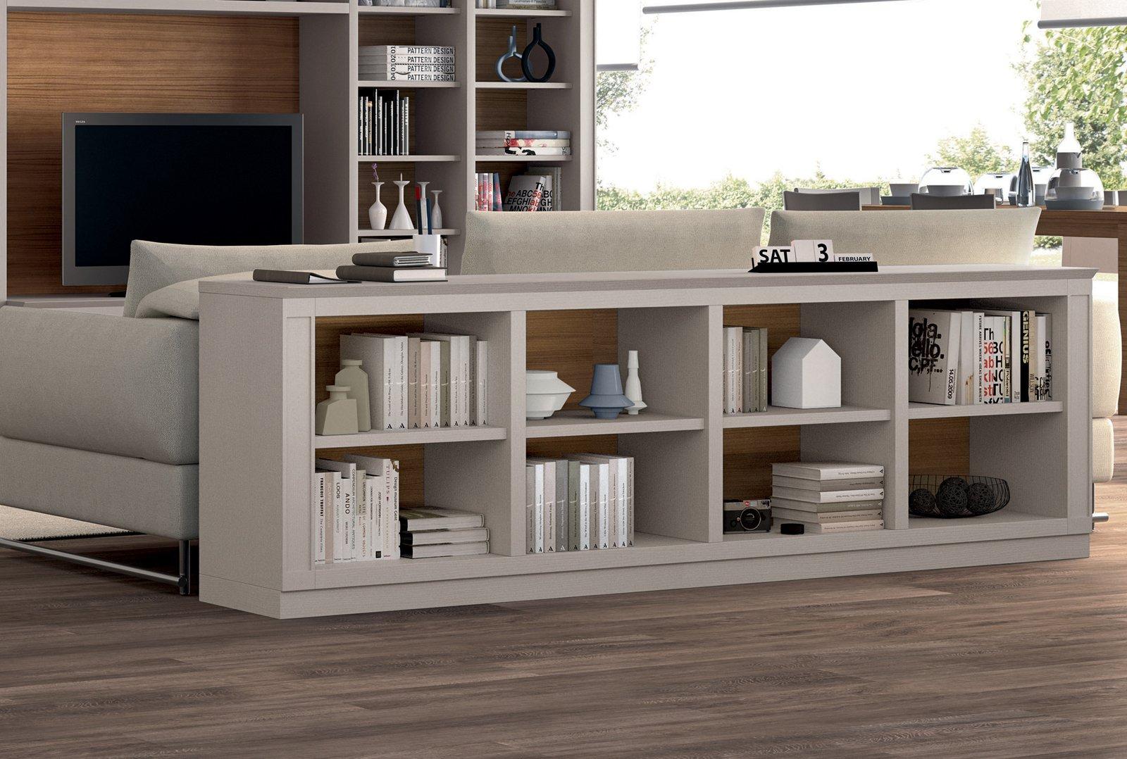 Mini librerie salvaspazio a parete o in mezzo alla stanza - Divano al centro della stanza ...