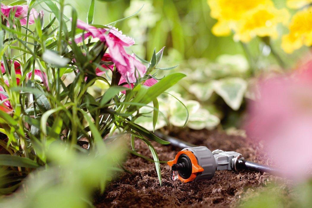 Impianto di irrigazione per i vasi in balcone cose di casa for Gocciolatori per irrigazione a goccia