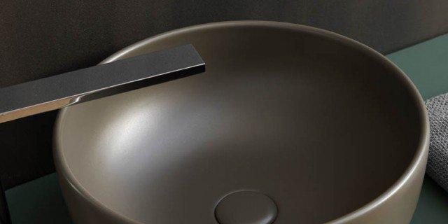 Lavabo e sanitari colorati