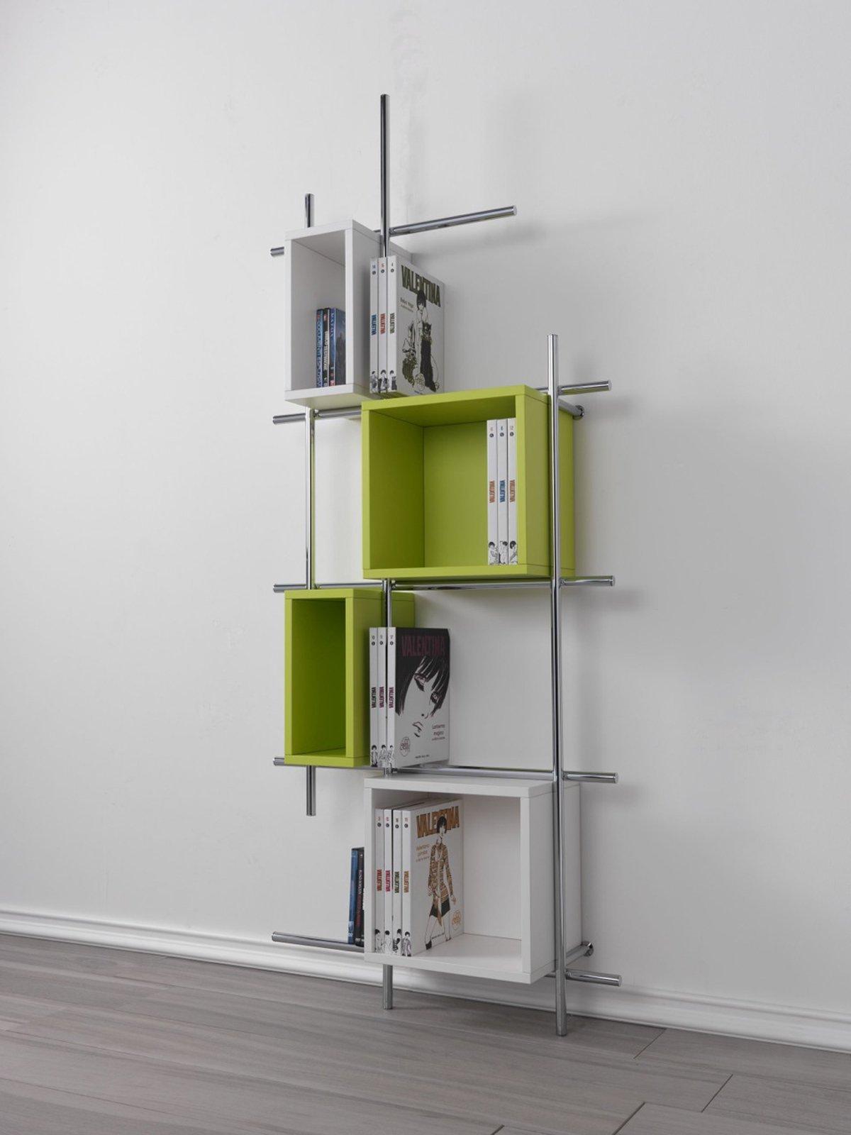 Mini librerie salvaspazio a parete o in mezzo alla stanza cose di casa - Casa in acciaio prezzo ...