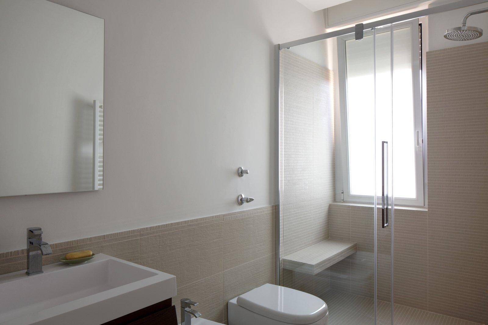 Idee da copiare per migliorare la casa cose di casa for Piastrelle bagno piccolo