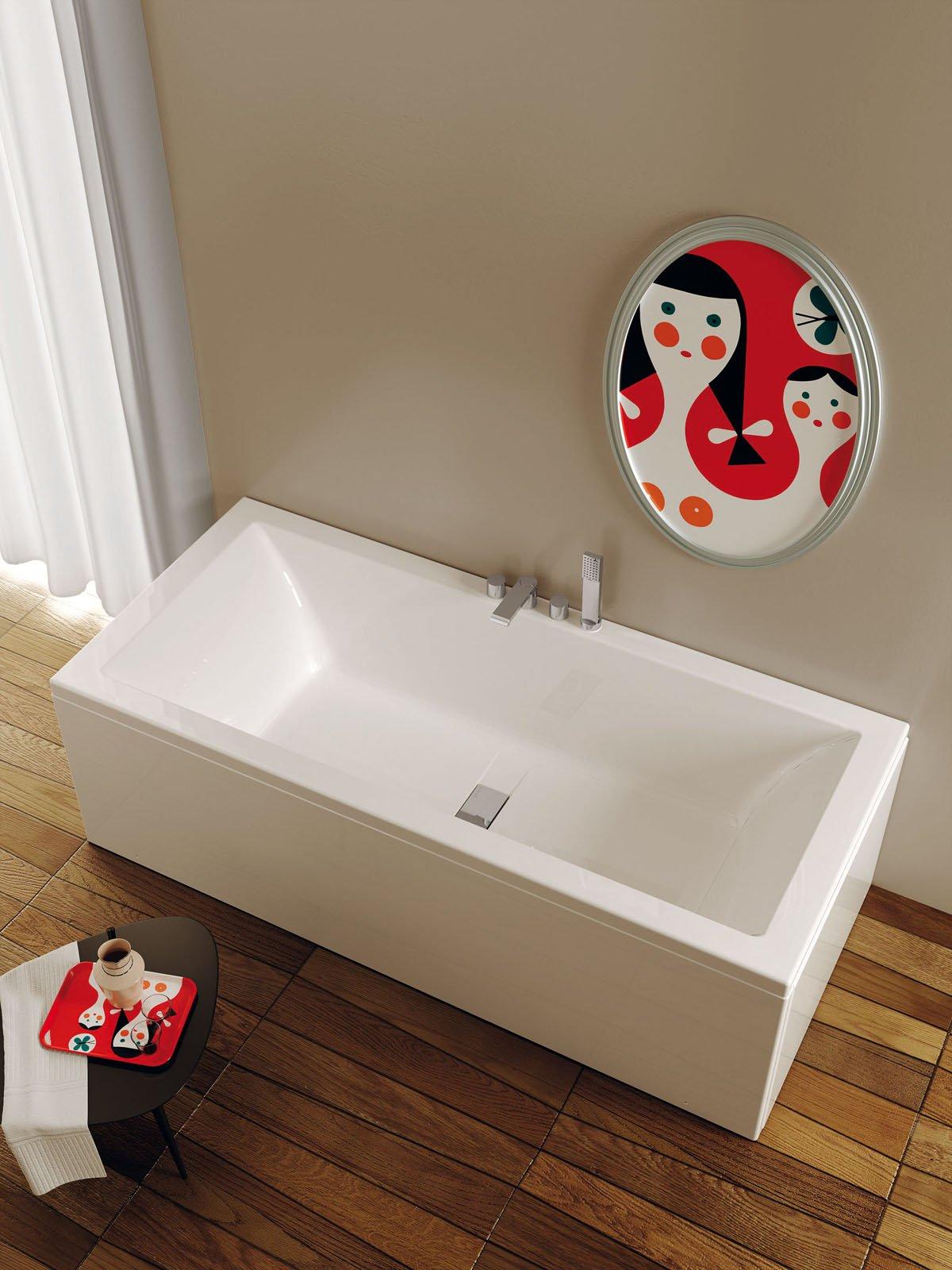 Vasche da bagno piccole cose di casa - Vasca da bagno piccola dimensioni ...