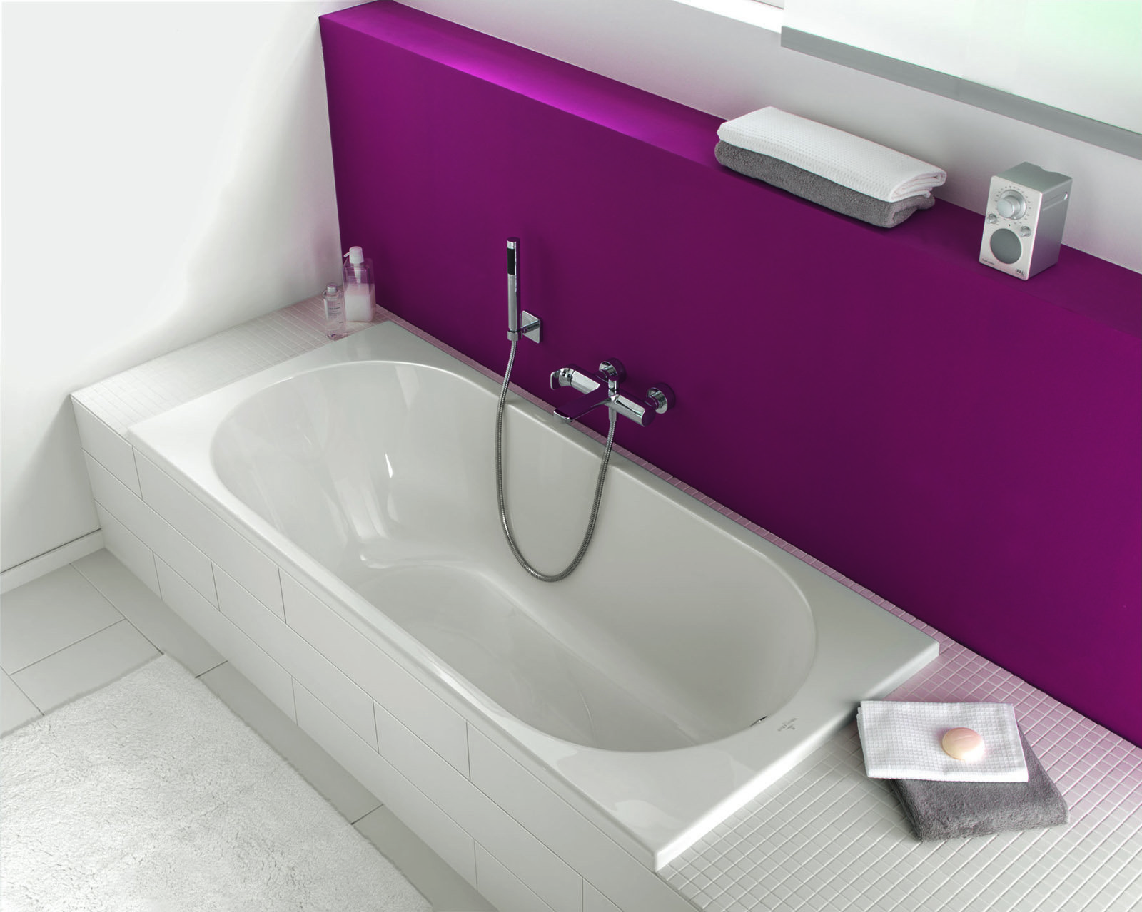 Vasche da bagno low cost a partire da 182 euro cose di casa - Vasche da bagno piccole dimensioni ...
