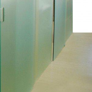 Lastre di Vetreria Re sono in vetro float. Per utilizzo in interno, si possono realizzare su misura. Prezzo su preventivo. www.vetreriare.com