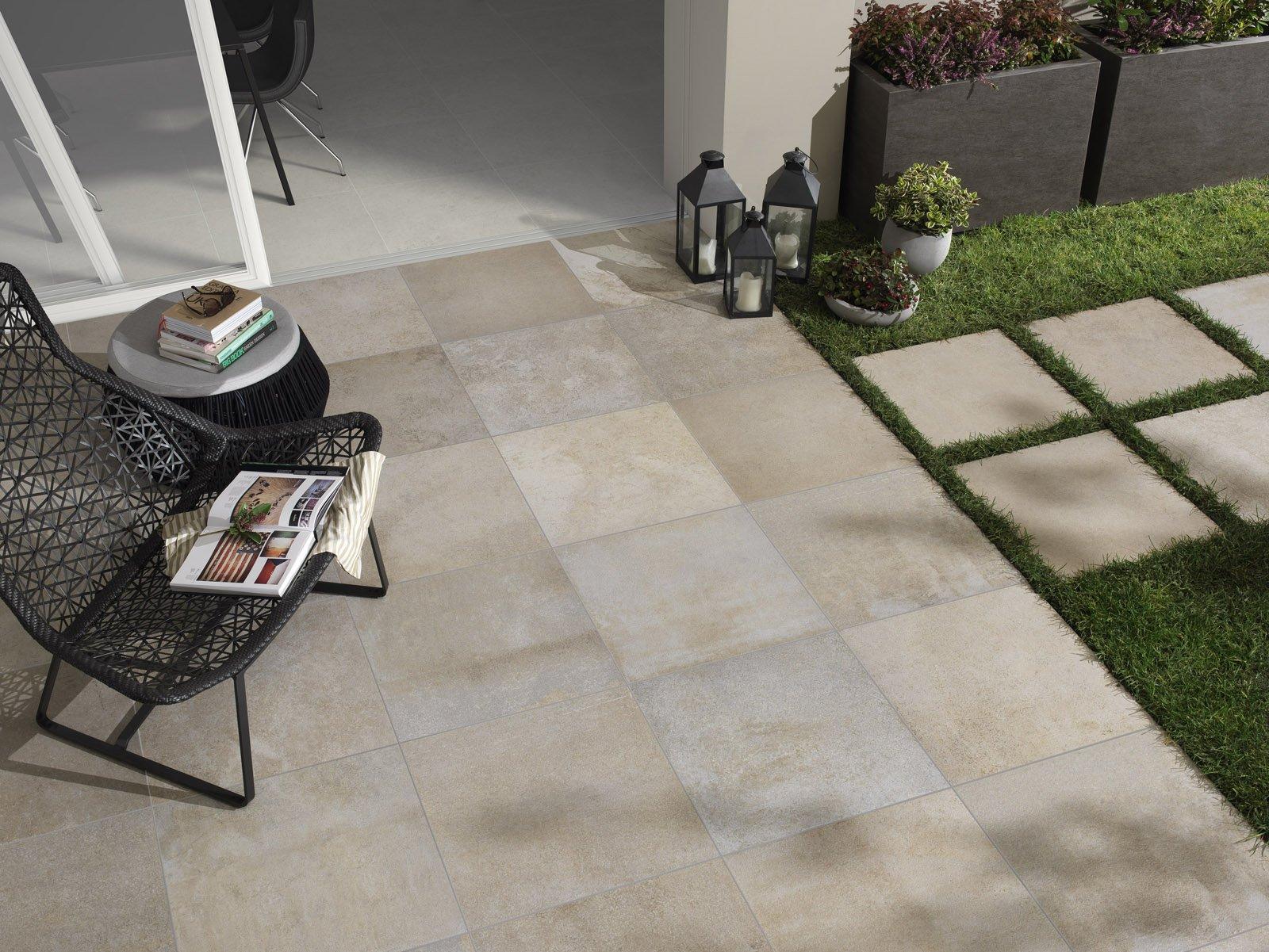 Piastrelle per esterni che materiale scegliere cose di casa - Rimuovere cemento da piastrelle ...