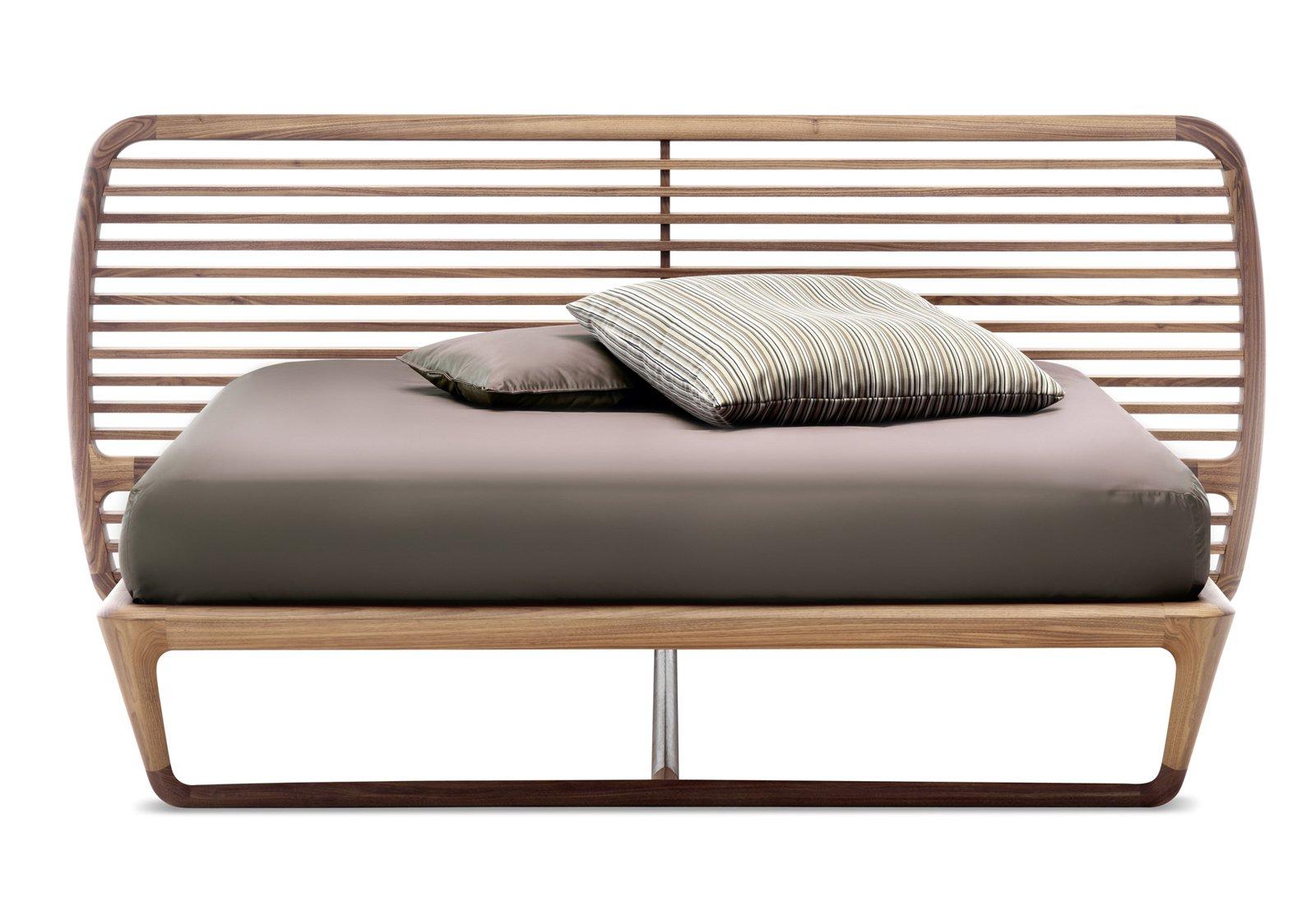 Letto con finitura legno o laccato cose di casa for Ikea rete letto