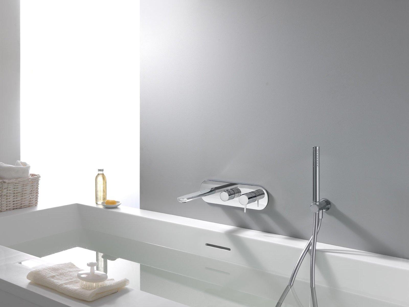 il miscelatore monocomando da incasso per vasca della linea queen di cristina rubinetterie disponibile con