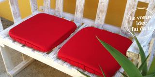 Il divanetto per esterni in stile shabby