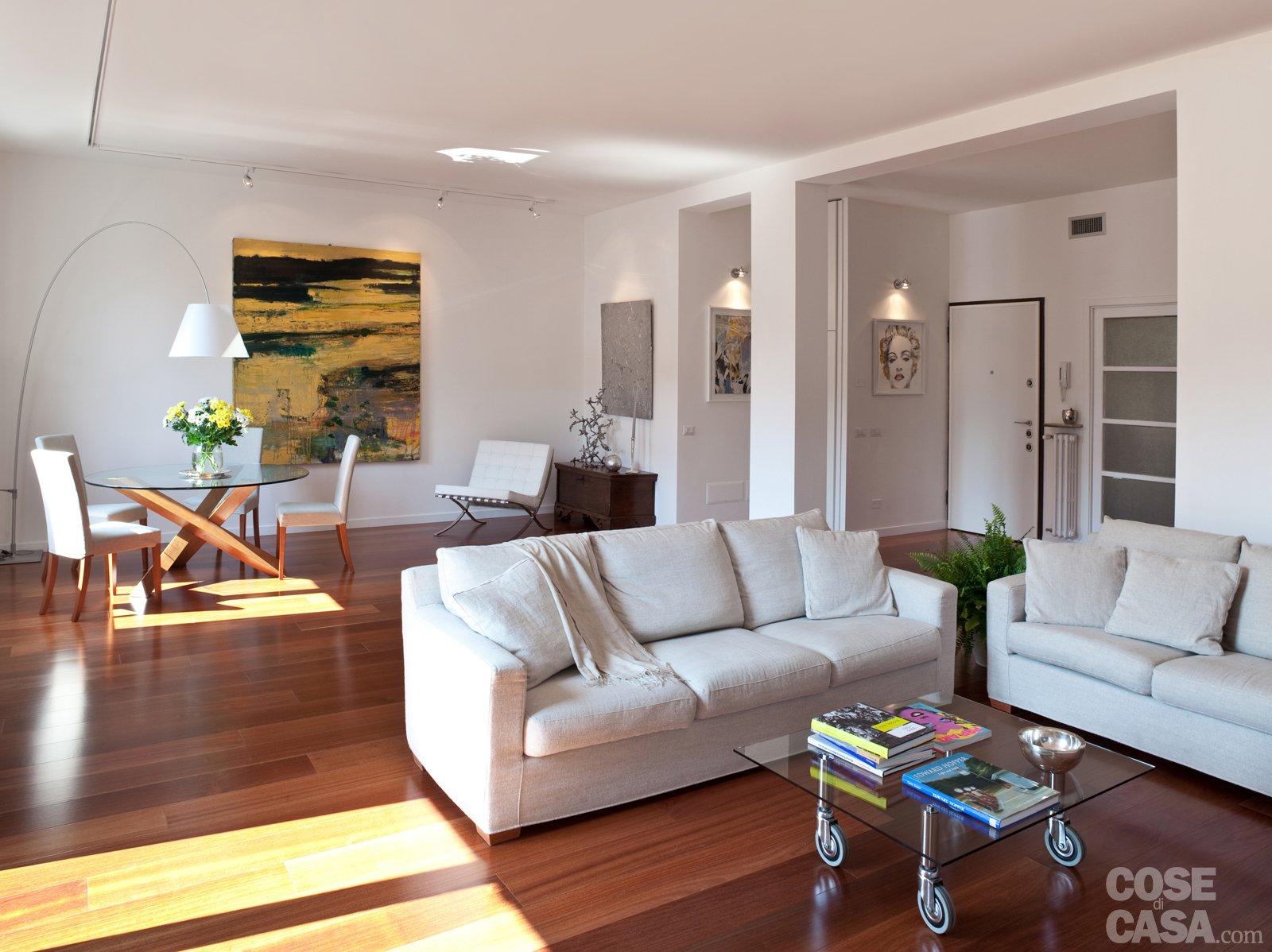 Casa immobiliare accessori come arredare soggiorno con for Cucina open space con pilastri
