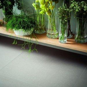 Linea SistemN, in gres fine porcellanato doppio caricamento, pensata per il rivestimento e il pavimento di interni ed esterni di ambienti privati.
