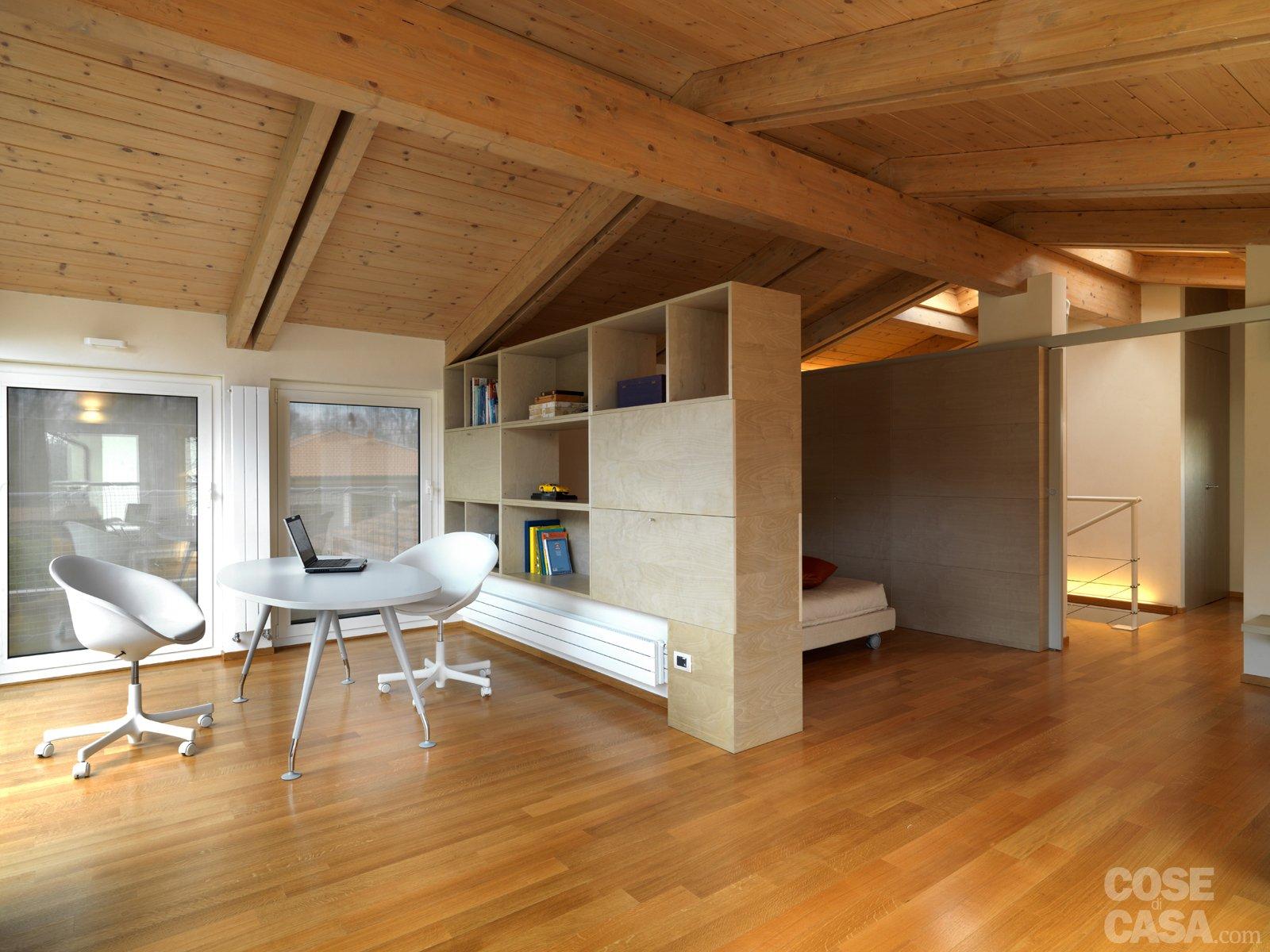 Casa moderna roma italy legno e metallo for Disegni di casa italiana moderna