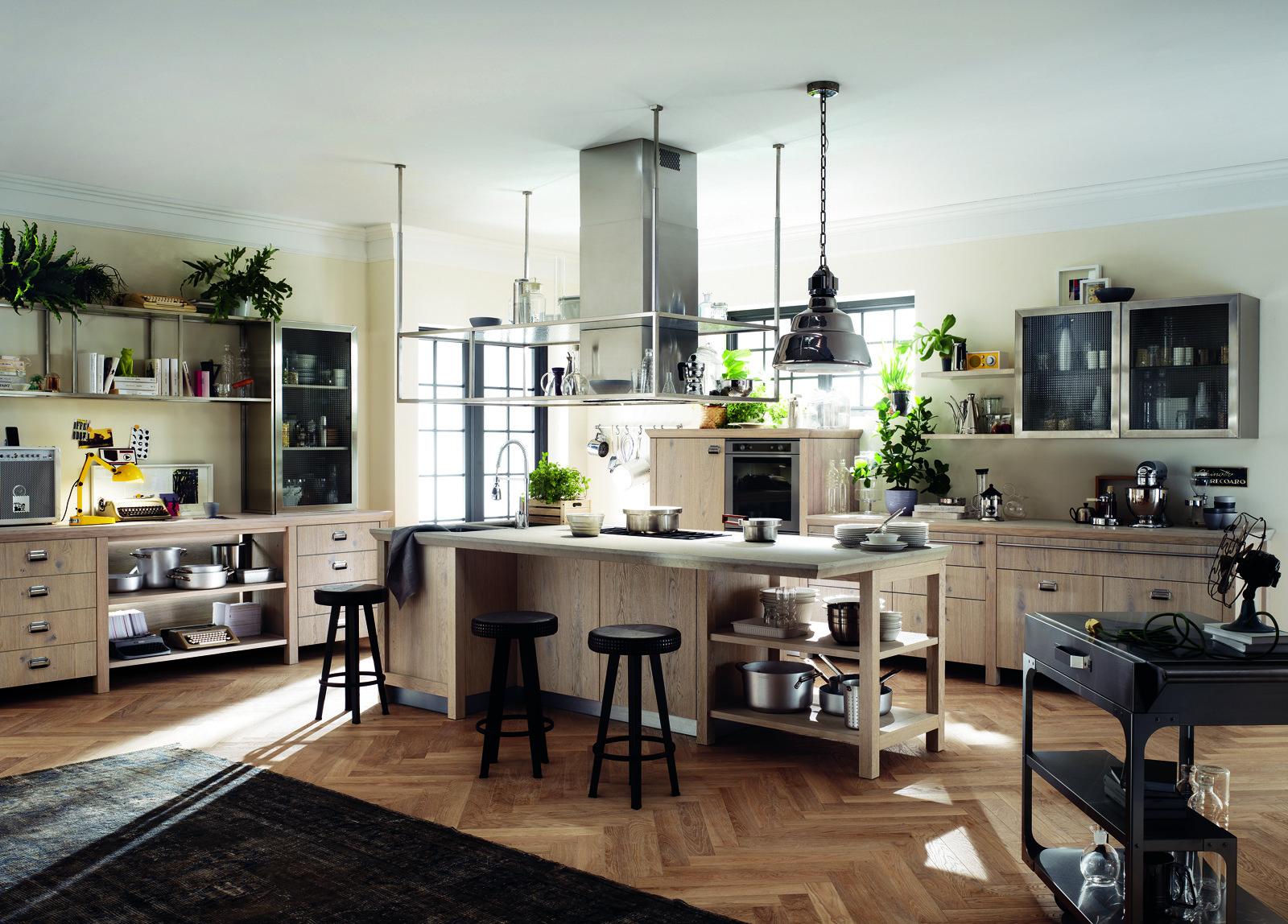 Cucina scavolini con diesel soluzioni di design per un atmosfera vintage cose di casa - Cucina con cappa a vista ...