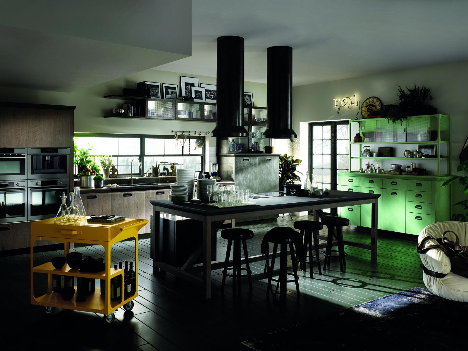 cucina diesel in composizione lineare sullo sfondo ha basi e colonne con ante e piano in