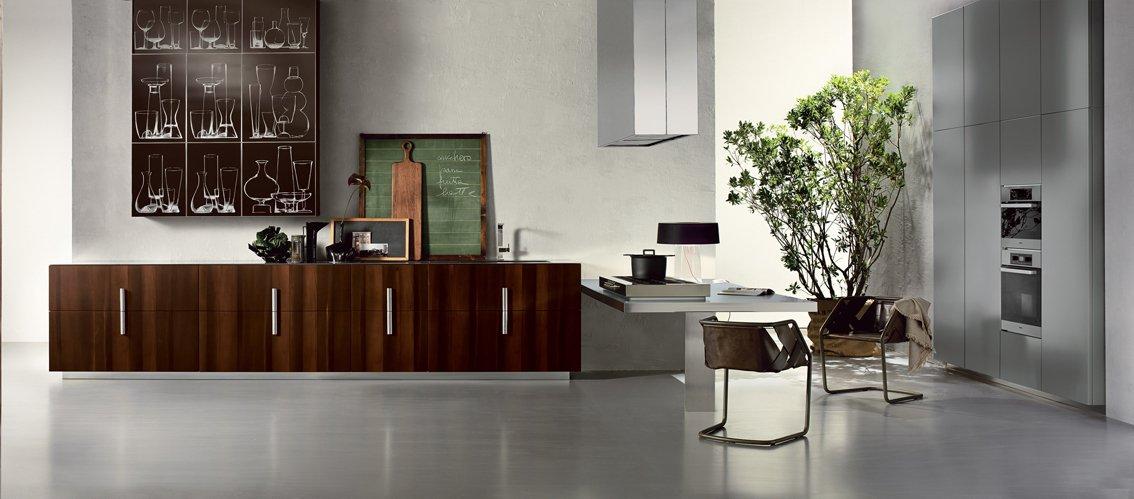 Cucina in legno moderna o classica cose di casa - Maniglie per pensili cucina ...