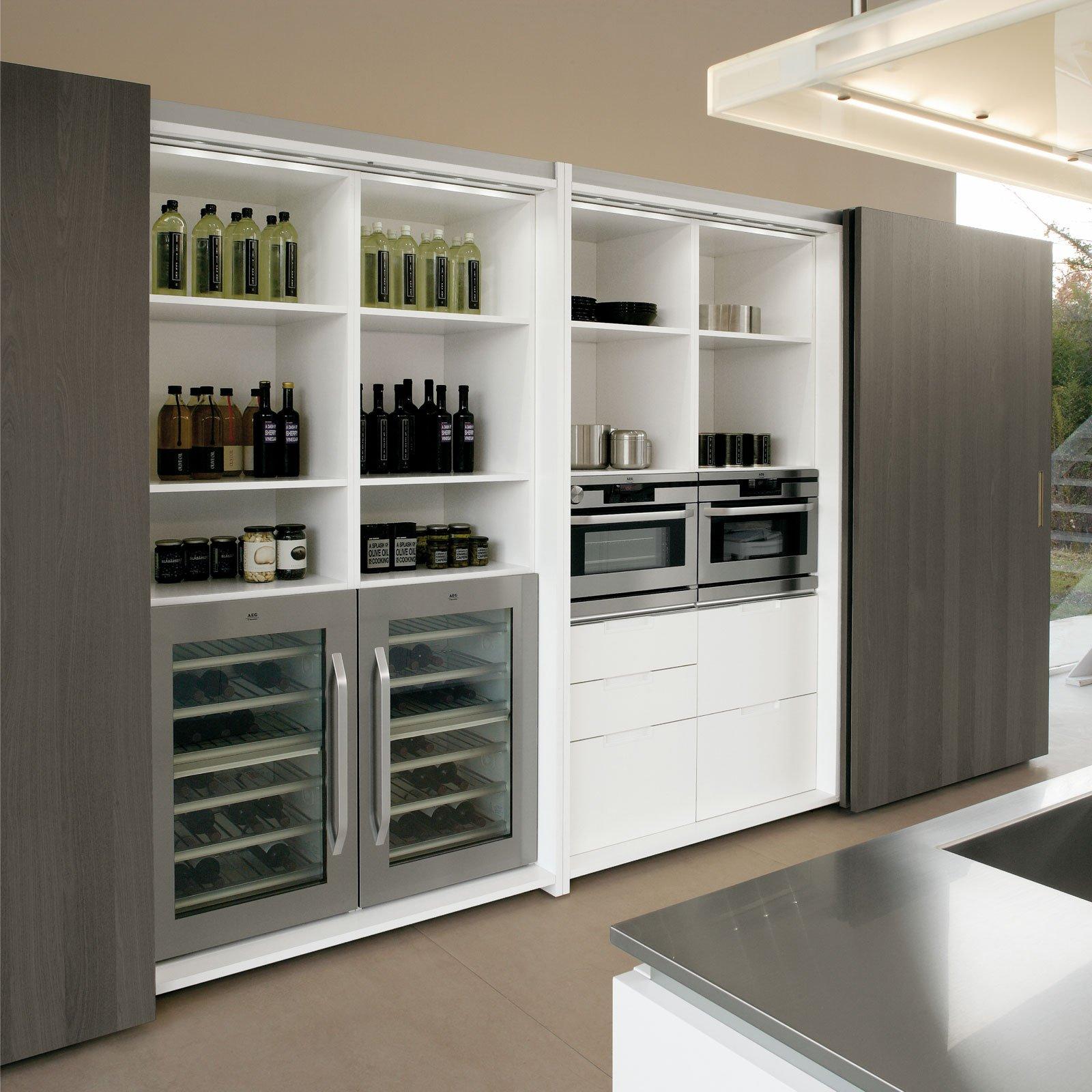 Cucina la comodit dipende anche dall 39 interno cose di casa - Cucine con dispensa ...