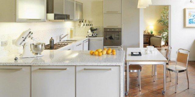Abbinare classico e moderno cose di casa for Casa classica mobili