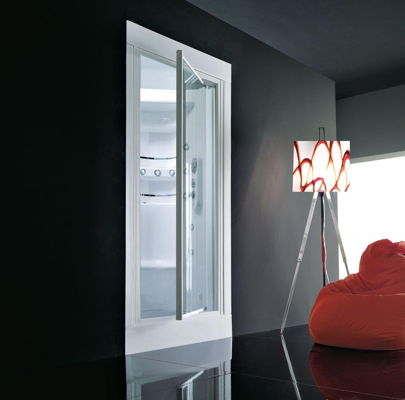 Docce chiusure in vetro per modelli squadrati cose di casa - Box doccia cromoterapia ...