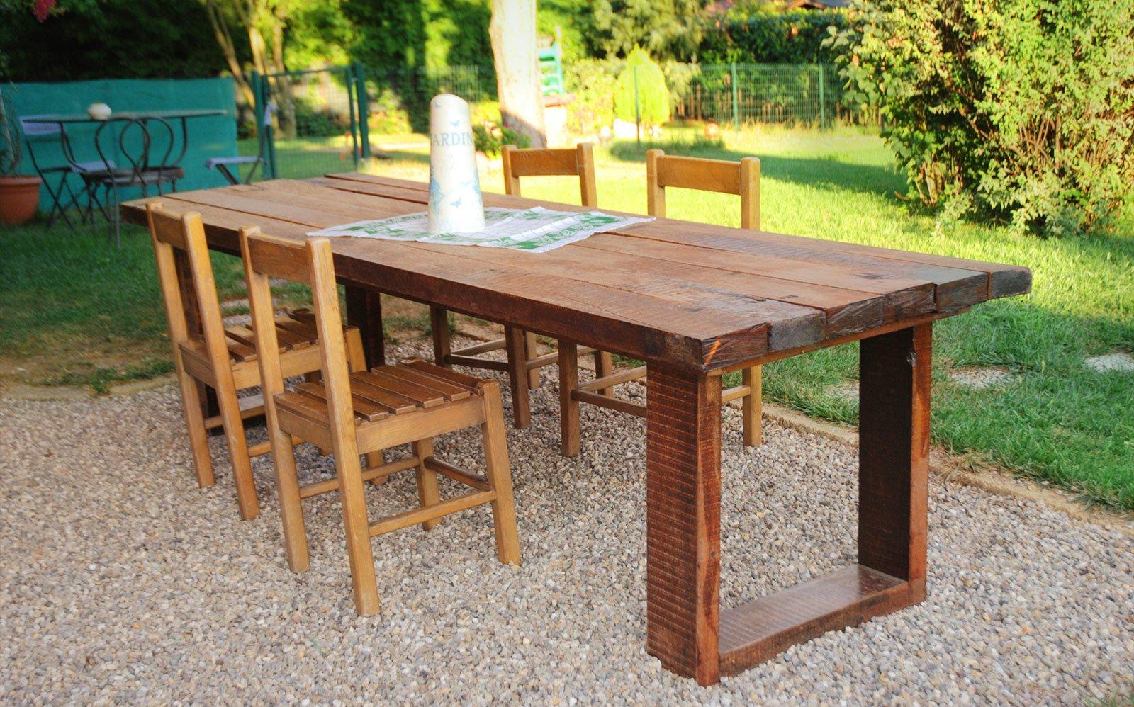 Un maxi tavolo in legno di recupero cose di casa - Costruire un tavolo allungabile ...