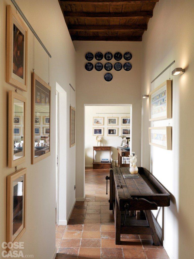Casa classica con finiture e mobili d 39 epoca cose di casa for Tende casa classica