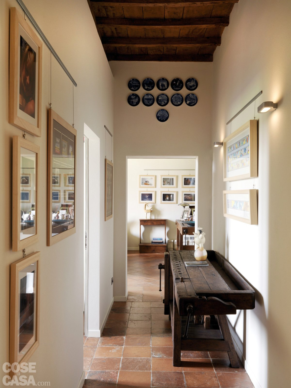 Casa classica con finiture e mobili d 39 epoca cose di casa for Case interne