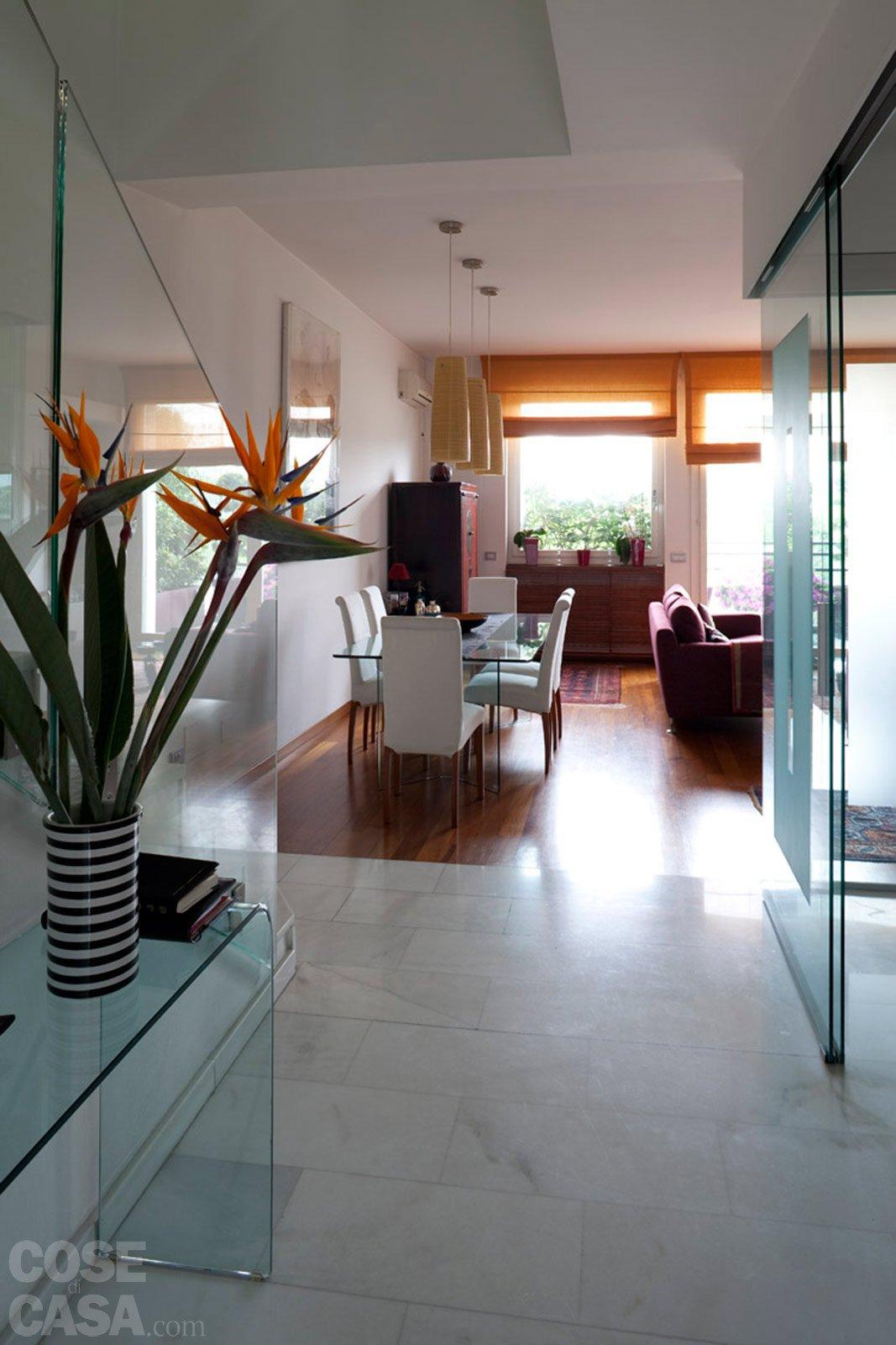una casa rinnovata nel look, con luce moltiplicata - cose di casa - Faretti Nel Soggiorno