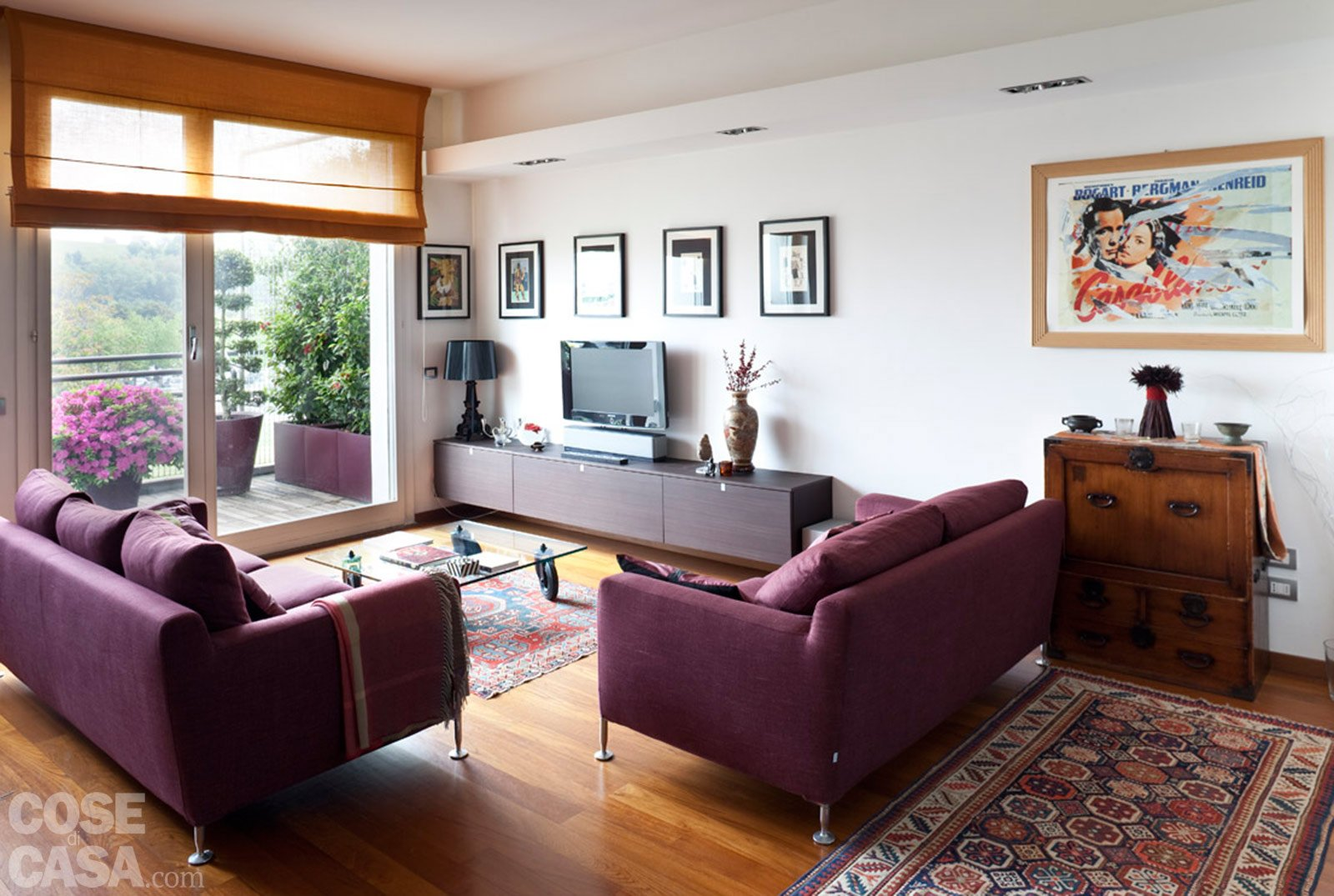 Una casa rinnovata nel look con luce moltiplicata cose for Immagini di casa