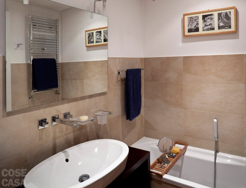 Una casa rinnovata nel look con luce moltiplicata cose - Altezza parapetti finestre normativa ...