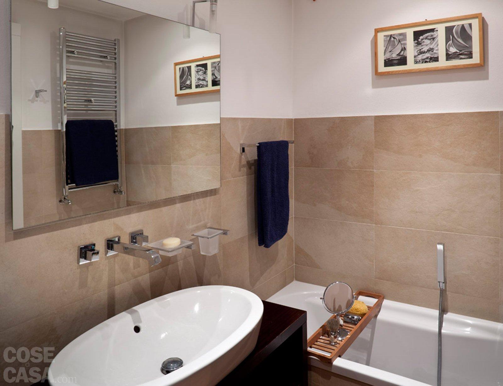 Piastrelle bagno altezza minima: altezza rivestimento bagno quale è