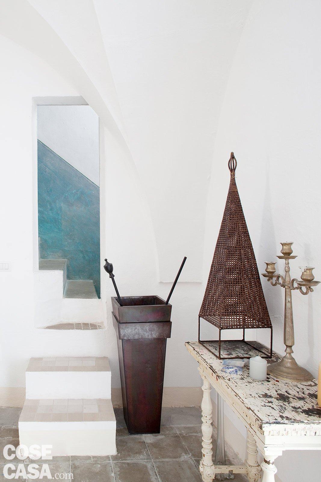 Una casa in pietra in stile mediterraneo cose di casa for Abitazioni interni