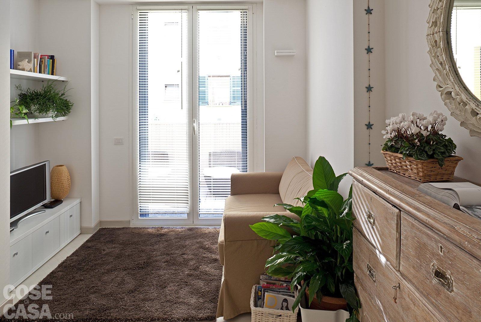 44 mq una stanza in pi in casa cose di casa for Armadio guardaroba da soggiorno