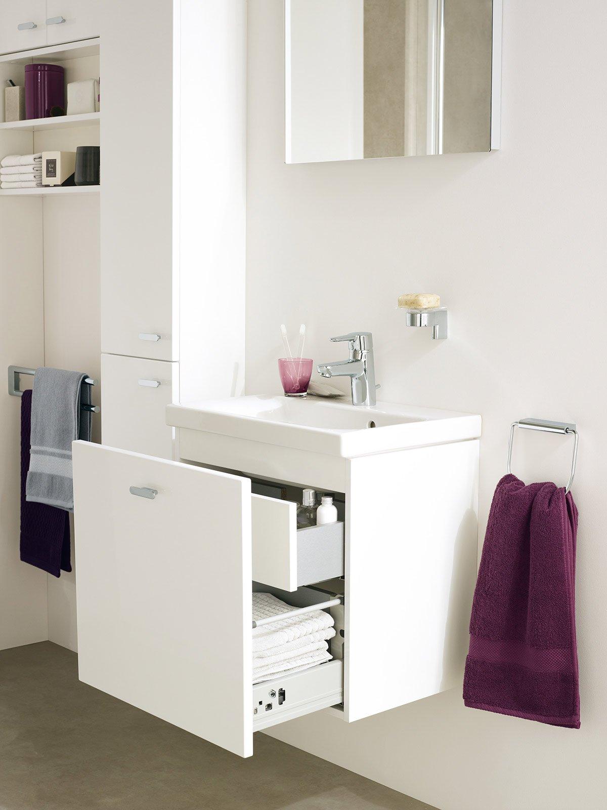 Bagno piccolo soluzioni piccole cose di casa - Ideal standard mobili bagno ...
