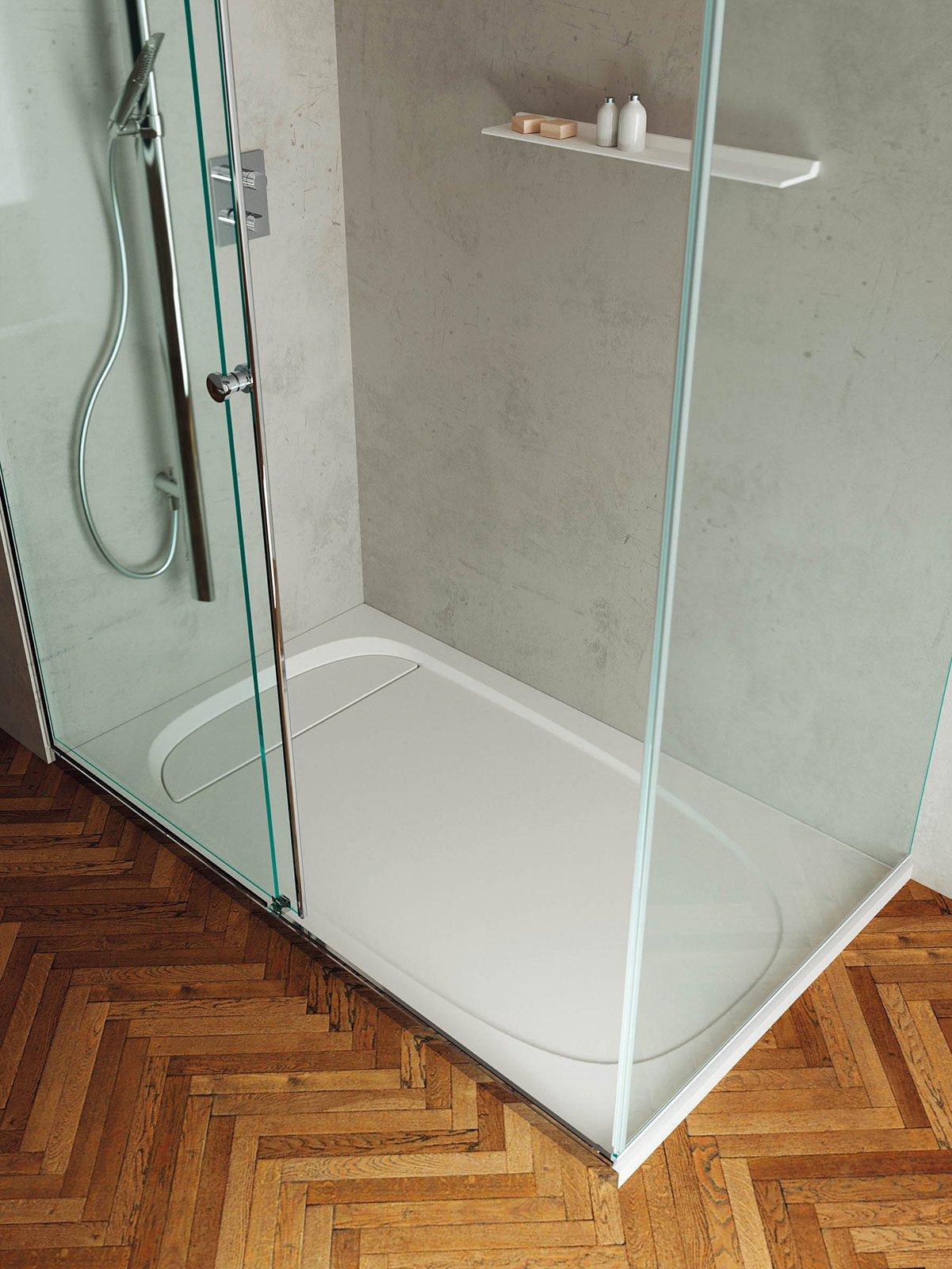 Box Doccia Resina: Box doccia rivestito in resina. Piatto-doccia ...