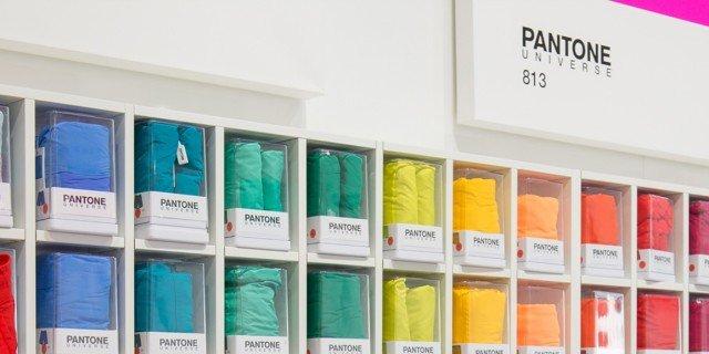 Pantone® concept store apre a Milano