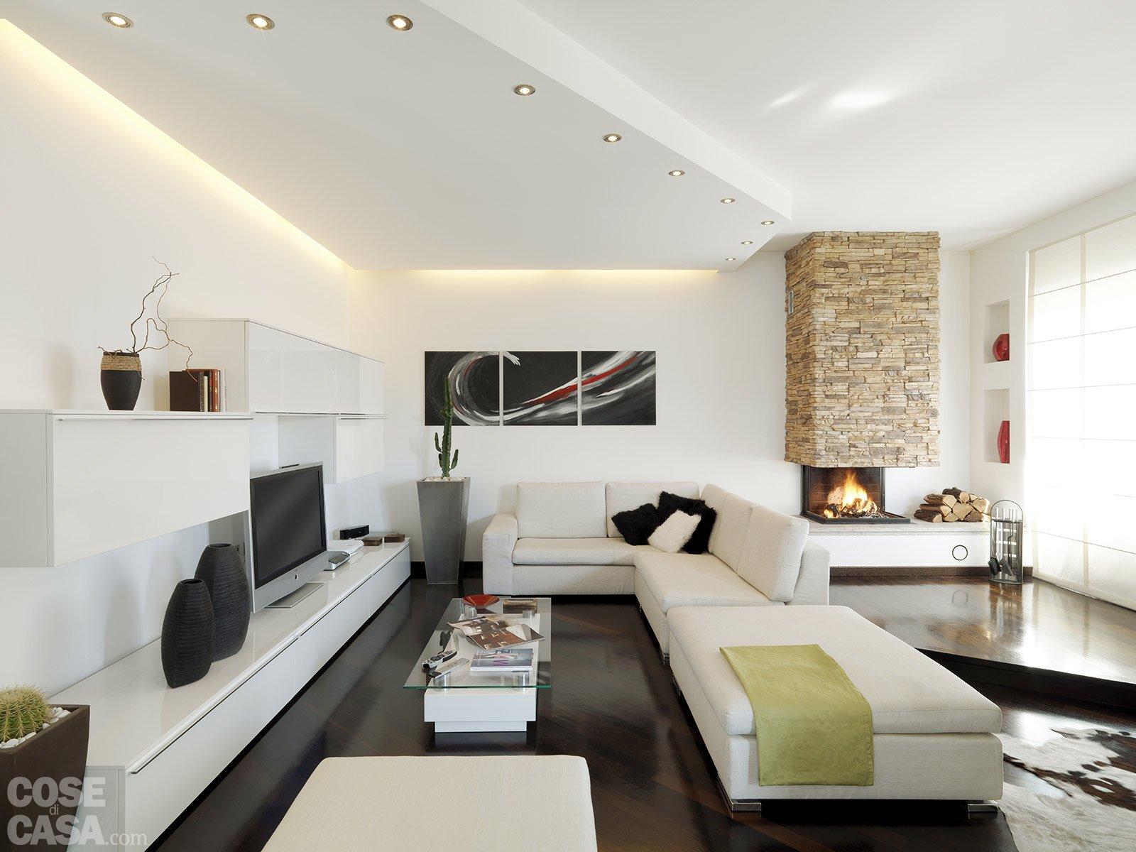 Una casa moderna su livelli sfalsati cose di casa for Case arredate moderne foto