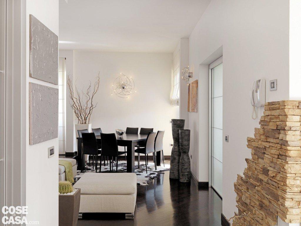 Una casa moderna su livelli sfalsati cose di casa for Pareti casa moderna