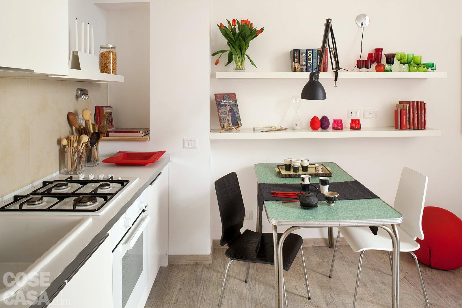 Una casa che punta al risparmio cose di casa for Disegni parete cucina