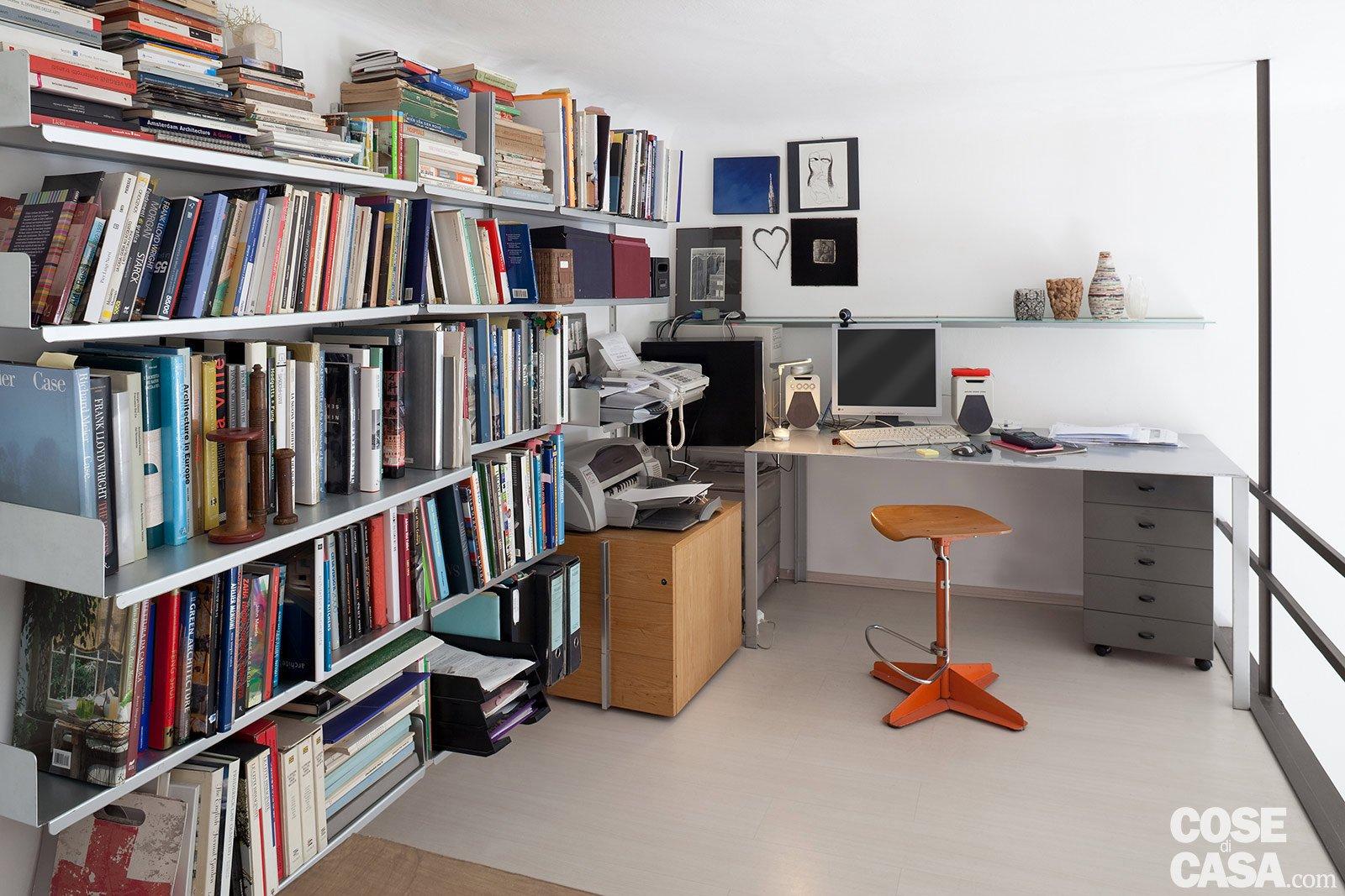 Arredare Ufficio 10 Mq : Monolocale una casa di mq risolta al centimetro cose di casa