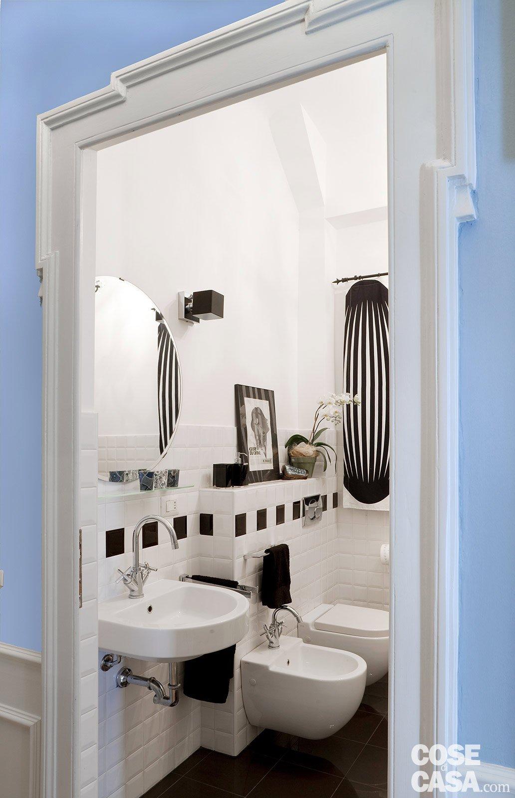 La casa per due un bilocale di classe cose di casa - Sanitari bagno ikea ...
