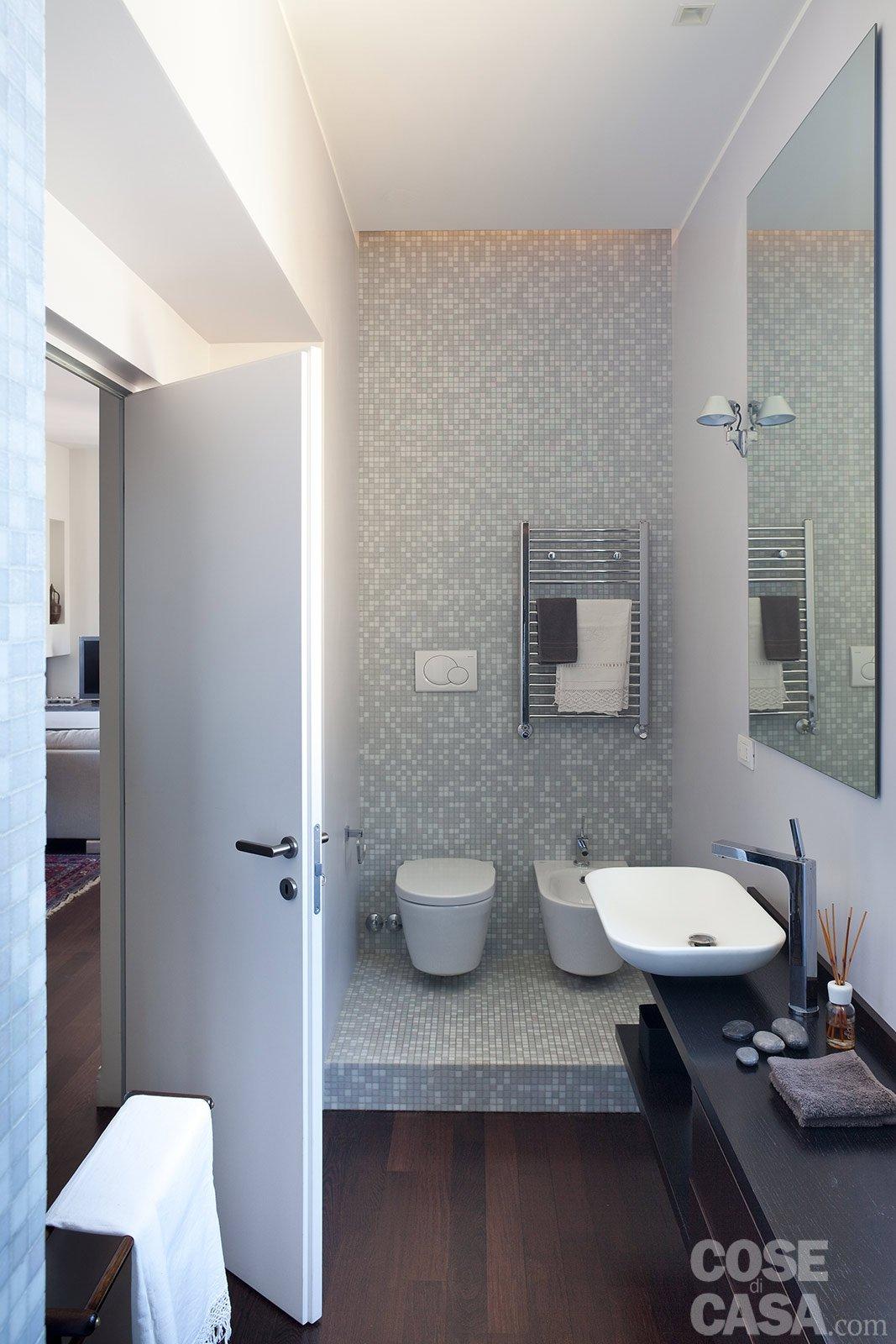 Casa 14 mq in pi per il bilocale cose di casa - Soluzioni per gradino in bagno ...