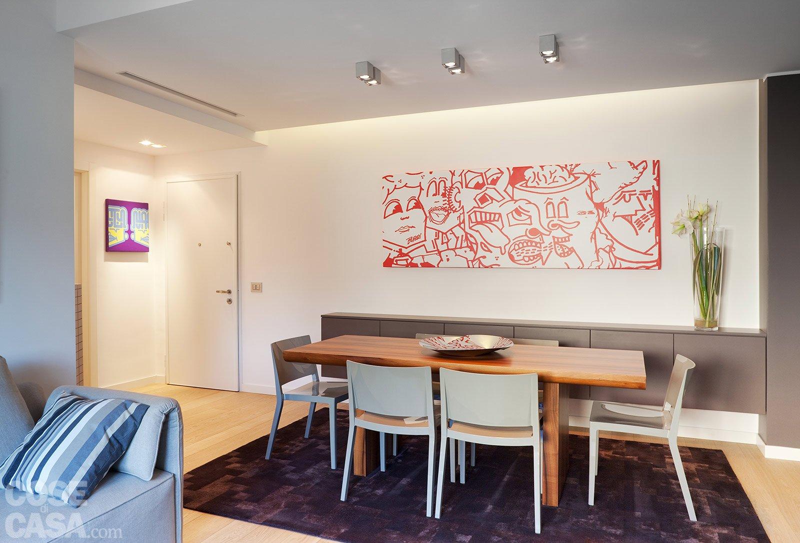 Una casa con soffitti che definiscono le funzioni cose - Meglio luce calda o fredda in cucina ...