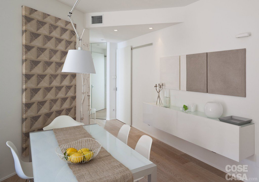 75 mq 10 idee per far sembrare pi grande la casa cose di casa - Mobile nascondi lavatrice ikea ...