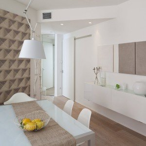 75 mq 10 idee per far sembrare pi grande la casa cose di casa - Rivestimenti bagno prezzi al mq ...