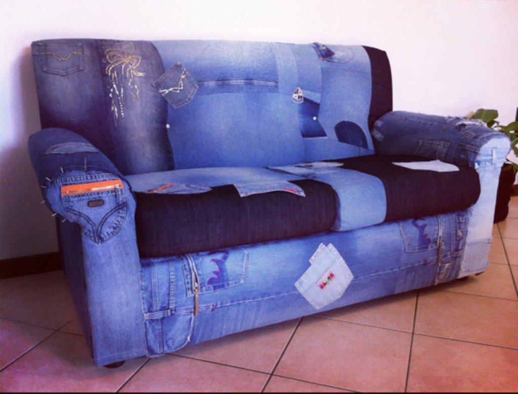 Il divano in jeans cose di casa - Come coprire un divano rovinato ...