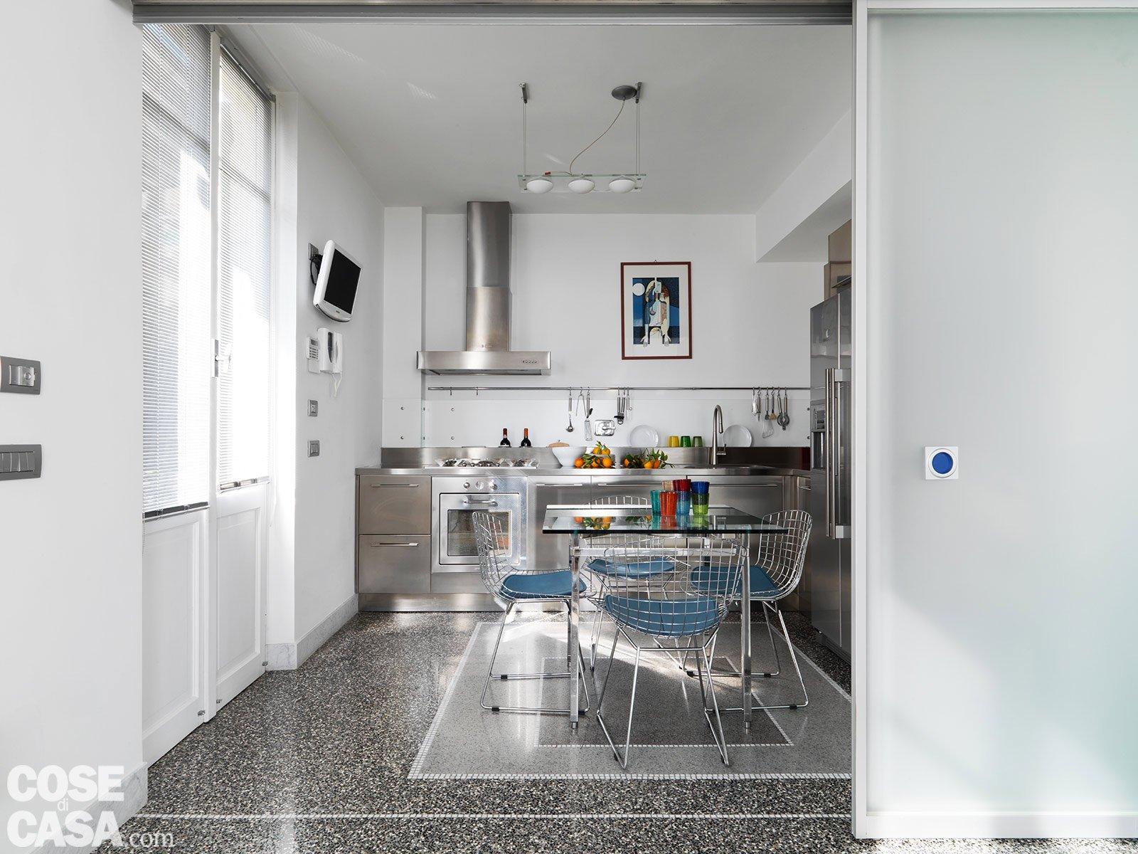 Casa soluzioni hi tech per interni anni 39 30 cose di casa - Pavimento per cucina ...