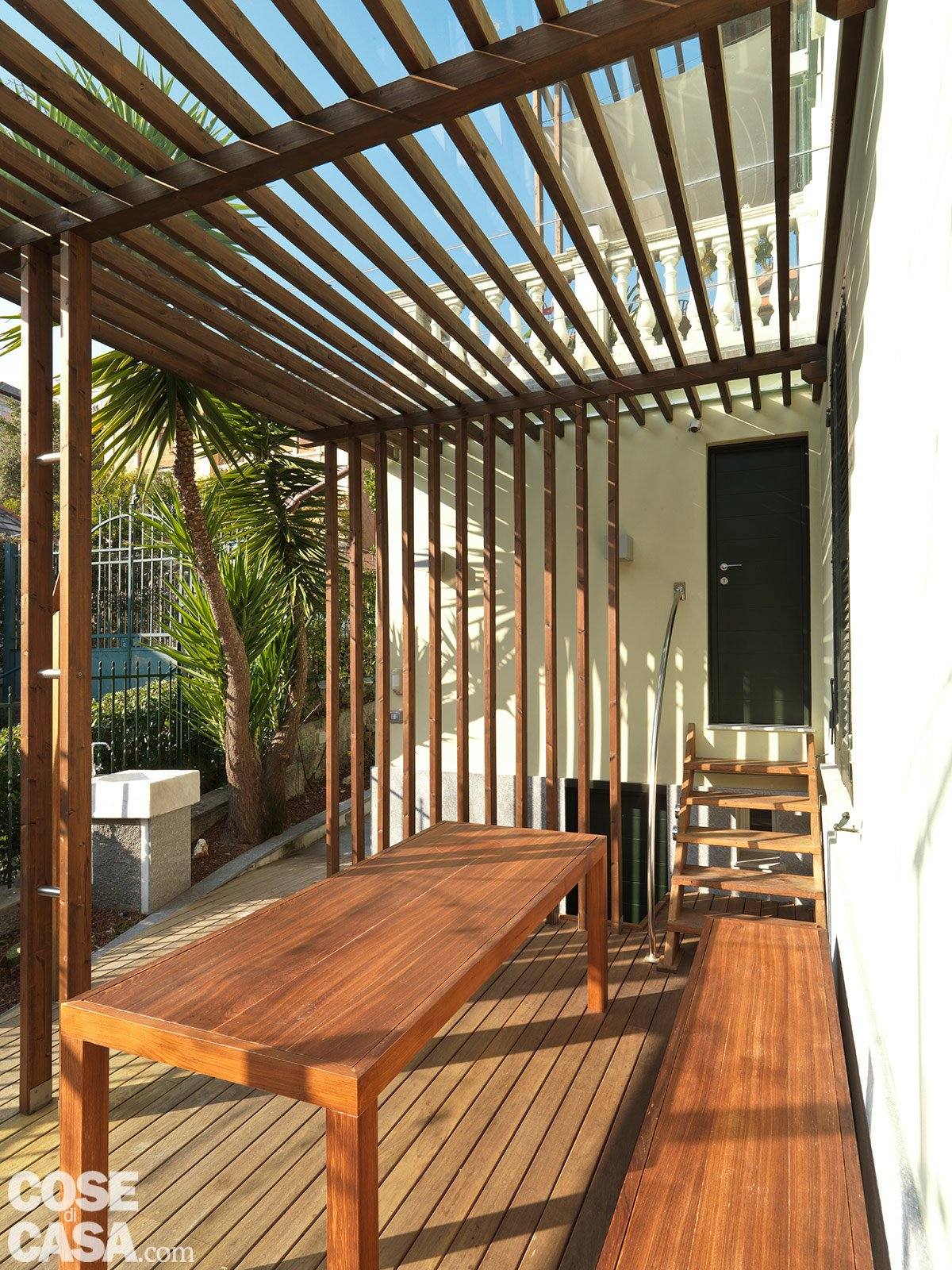 Casa soluzioni hi tech per interni anni 39 30 cose di casa for Casa moderna con tetto in legno
