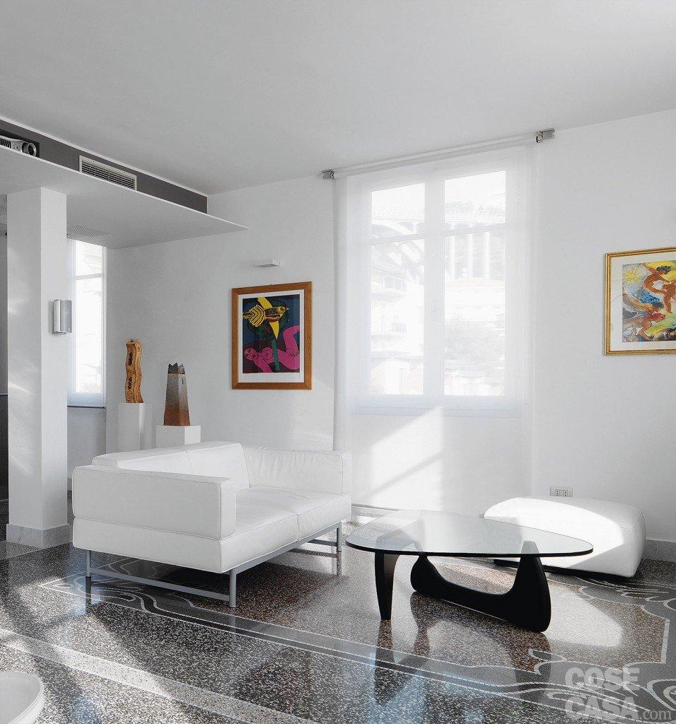 Forum piccolo soggiorno con pavimento for Arredamento forum