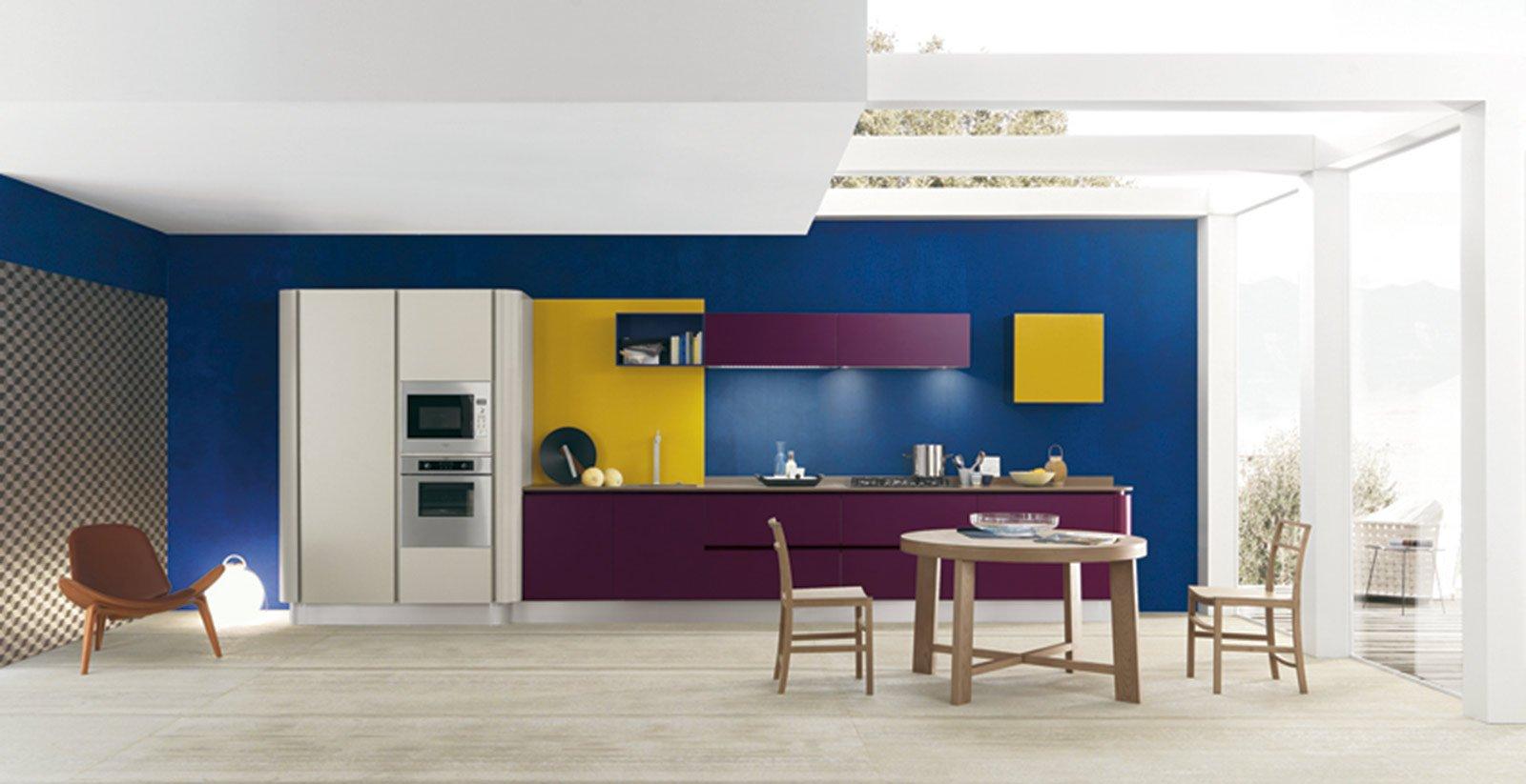 Cucine in laminato cose di casa - Cucina color melanzana ...