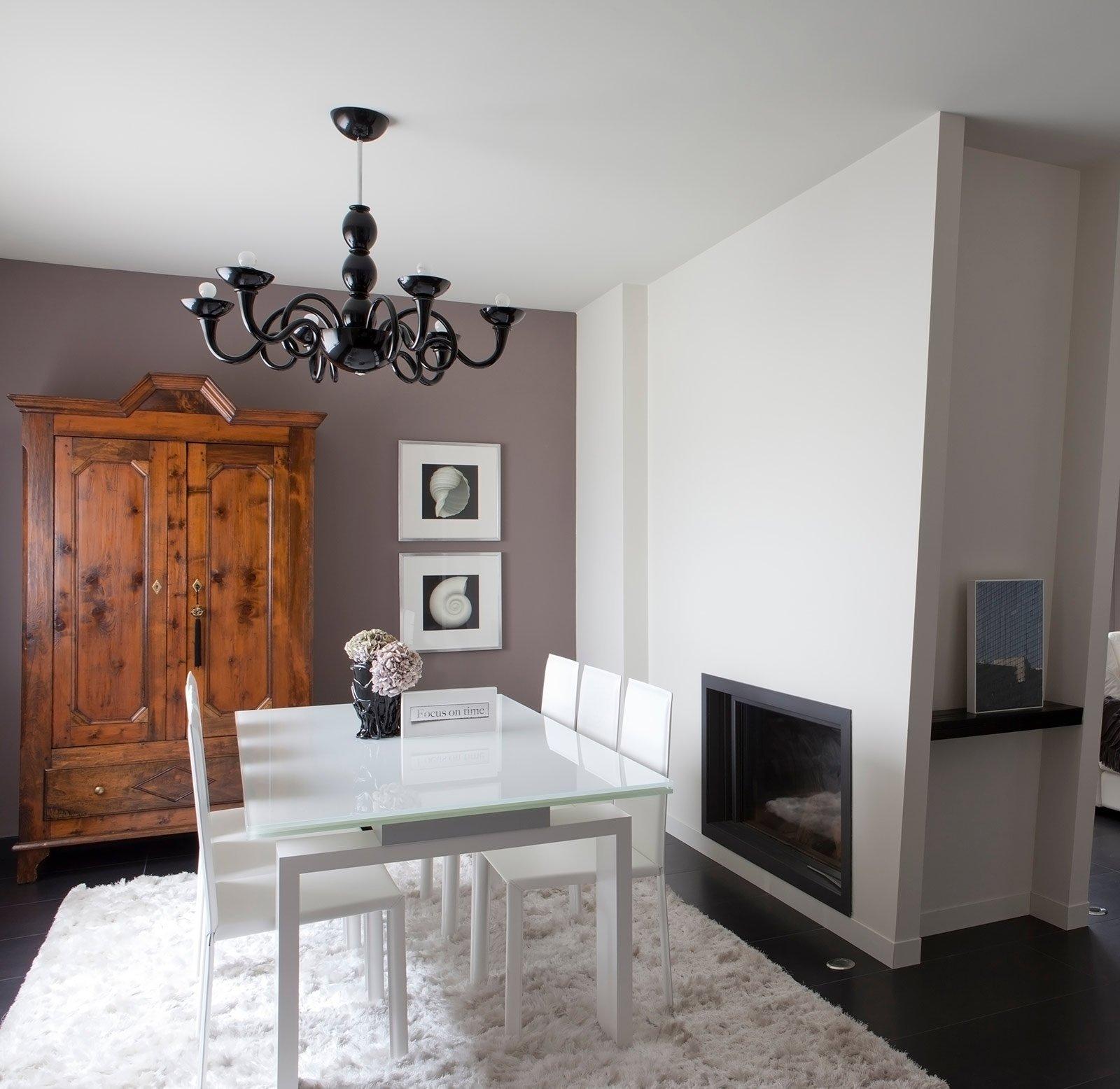 Bianco Grigio Nero Per La Casa Di Gusto Contemporaneo Cose Di Casa #965735 1600 1556 Sala Da Pranzo Parquet