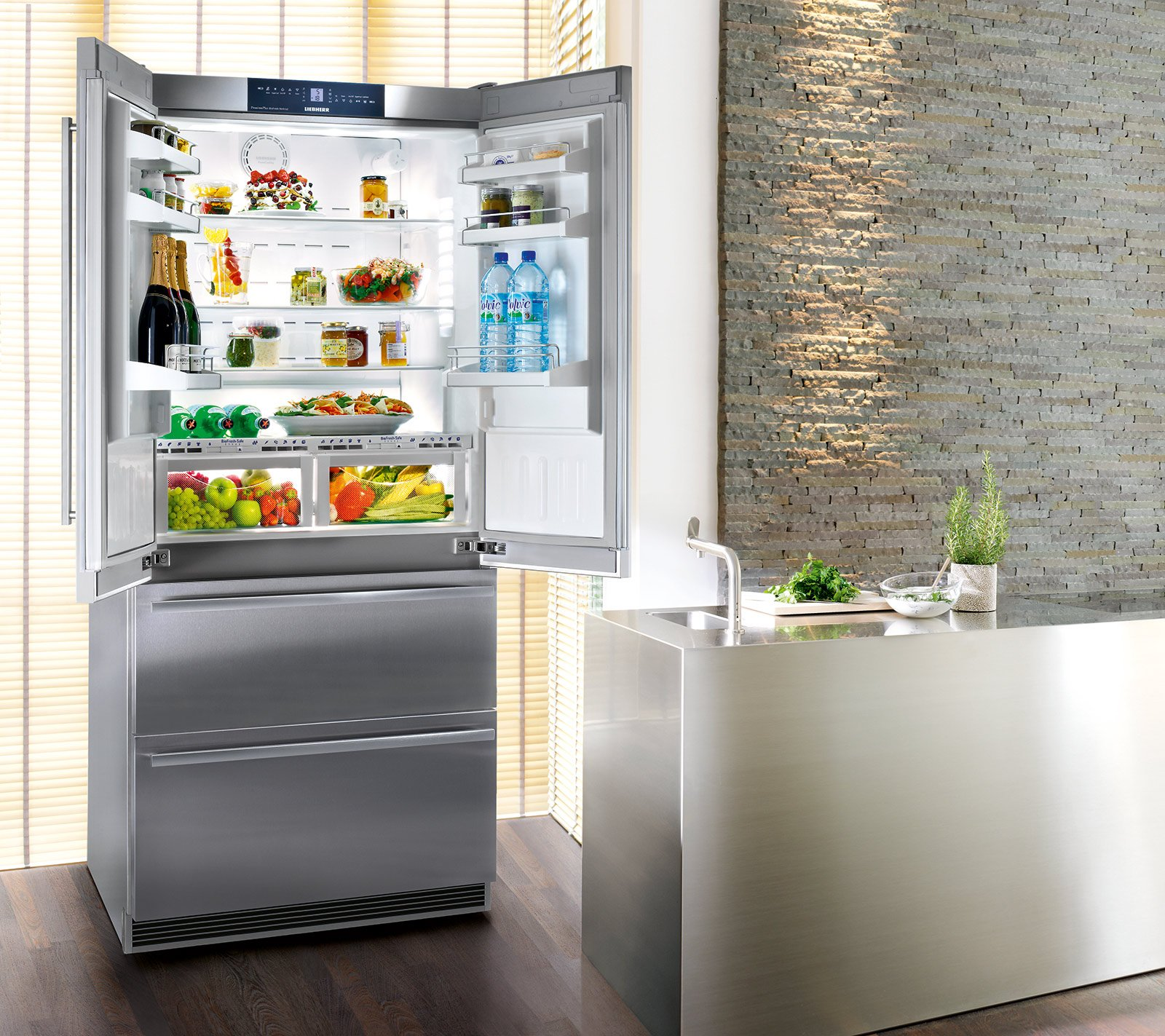 Frigoriferi a 4 porte cose di casa for Frigorifero e congelatore
