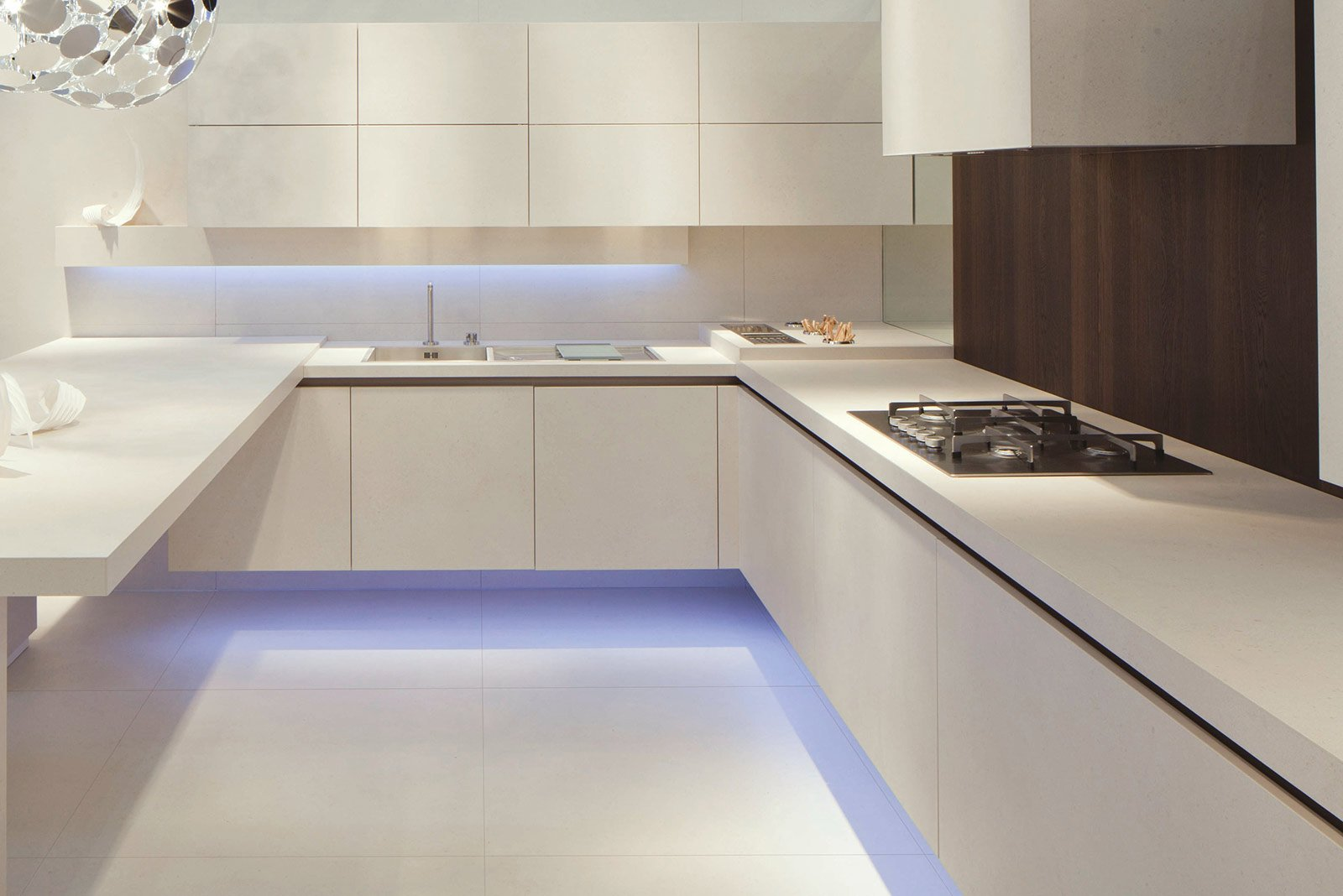La Cucina Etherna Di Arrital Armonizza Arredo E Ambiente Puntando Per  #3E508D 1600 1068 Top Cucina In Laminato Opinioni